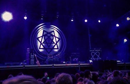 Концерт в Варшаве, пополнение базы релизов